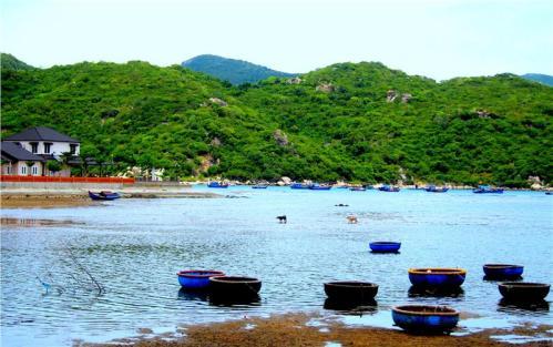 vinh-hy-bay-ninh-thuan-province